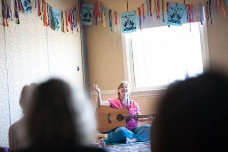 Alicia Meditation LYFRnR
